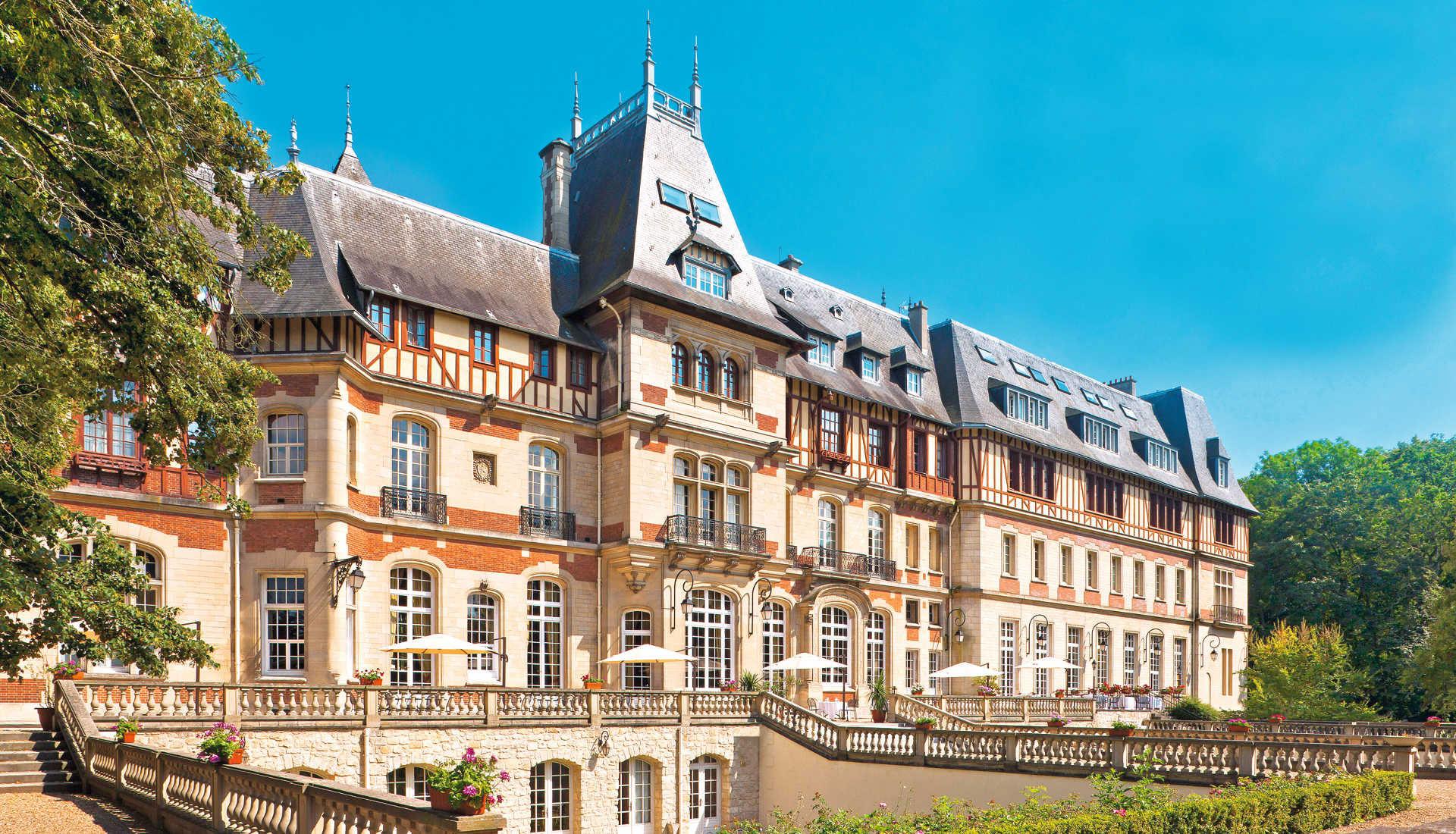 H tel ch teau de montvillargenne r gion parisienne for Chateau hotel paris